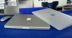 Picture of Macbook Pro 13inch Core i5 Aluminum Unibody